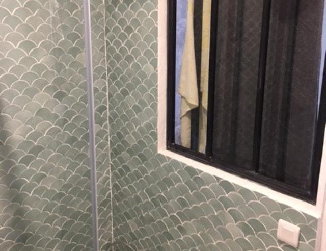 photo Salle de bain et douche à l'italienne  Demiana