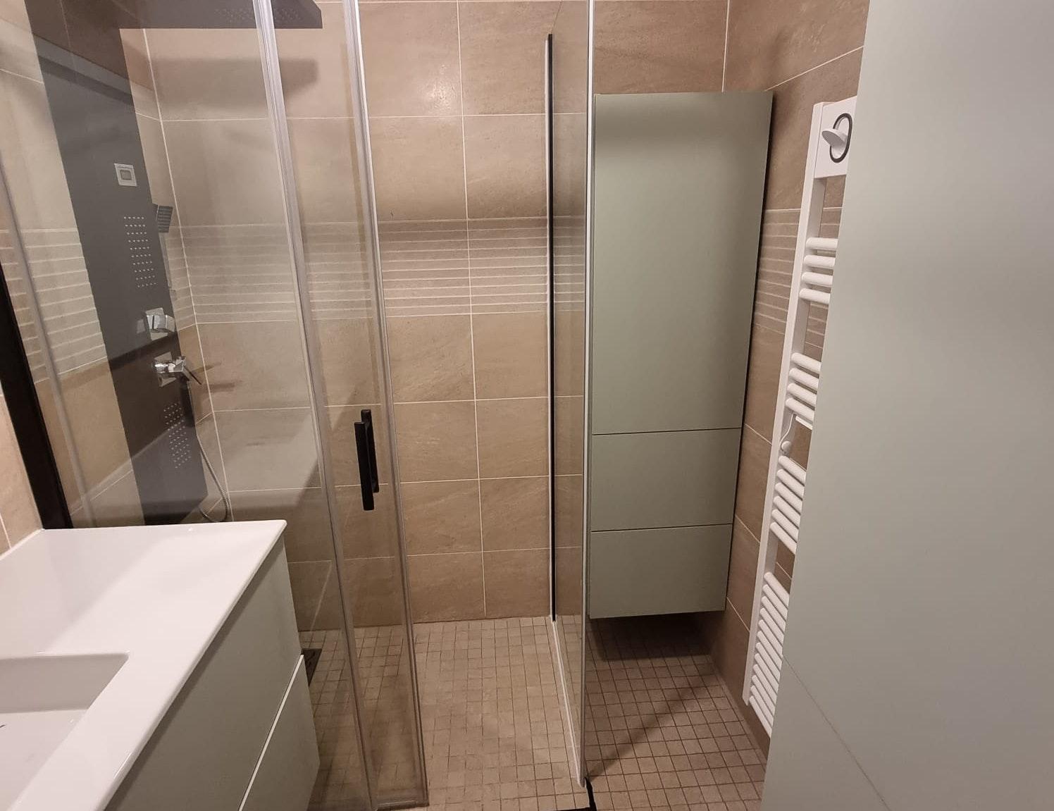photo Rénovation de salle de bain  La Technique de la Renovation