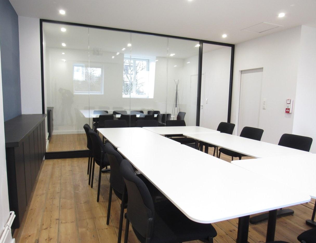 photo Transformation d'une Maison de Maître en Bureaux (250m2) L&D Intérieur
