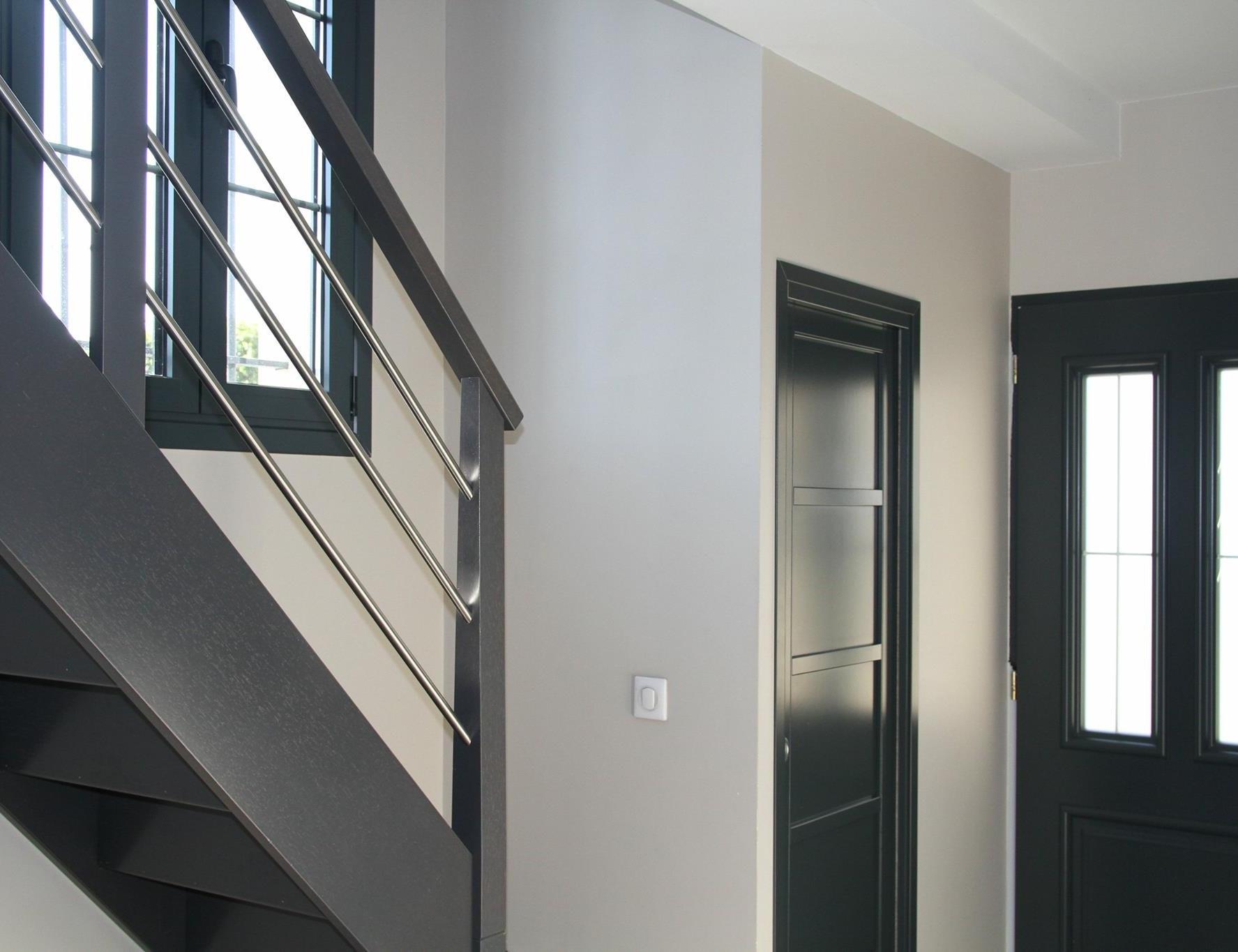 photo Réhabilitation intérieure et extérieure de maison (avant/après) Leopold Consultant