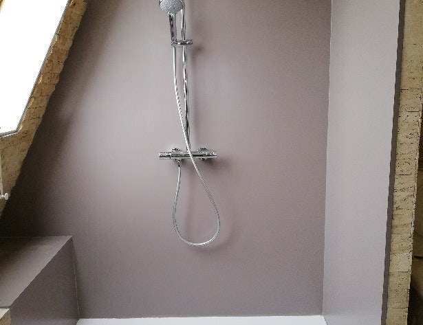 photo Réfection de salle de bain en sous-pente SMS BAT