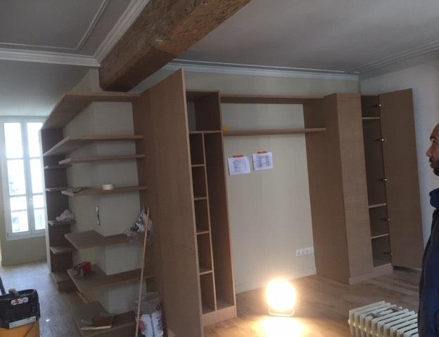 photo Fabrication et pose de meubles sur-mesure SMS BAT